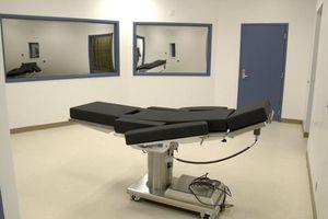 Nếu hết thuốc độc, tử tù ở Nam Carolina phải chọn ghế điện hoặc xử bắn