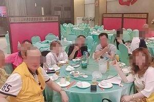 Covid-19: Quán trà 'khêu gợi' giữa đợt bùng dịch ở Đài Loan