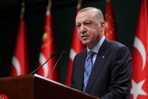 Tổng thống Thổ Nhĩ Kỳ dùng 'đòn tấn công' mạnh mẽ nhất nhắm vào người đồng cấp Mỹ