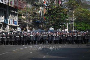 Nhiều nước trừng phạt bổ sung Myanmar