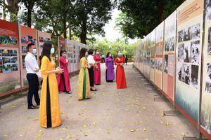 Trưng bày 'Học tập và làm theo tư tưởng, đạo đức, phong cách Hồ Chí Minh'