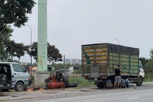 TP.HCM 'dẹp loạn' vá vỏ xe, buôn bán trên đường sau Báo Giao thông phản ánh