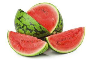 6 đối tượng không nên ăn dưa hấu