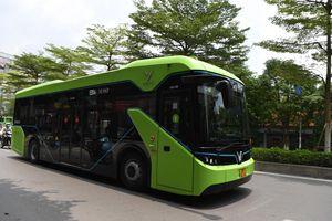Xe buýt điện VinBus chạy thử nghiệm tuyến nội đô Hà Nội