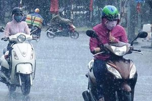 Miền Bắc ngày oi nóng, nhiều nơi có mưa to