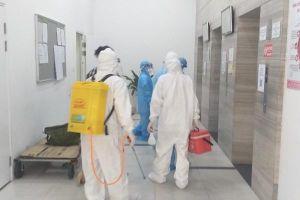 Hà Nội: Bố, con trai và nữ giúp việc của cựu giám đốc Hacinco dương tính với SARS-CoV-2