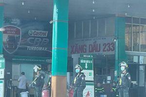 Bắt thêm một đối tượng trong vụ pha chế xăng dầu giả ở Đồng Nai