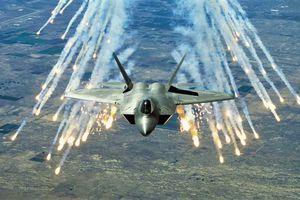 Có mới nới cũ: Mỹ tính loại biên F-22, quay sang dùng F-15, F-35