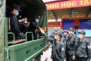 Tăng cường thêm 220 cảnh sát cơ động giúp Bắc Giang chống dịch Covid-19