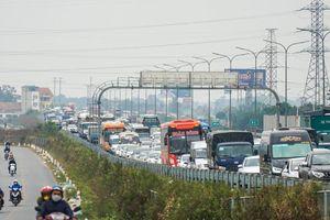 Hà Nội tập trung giải quyết 10 điểm ùn tắc giao thông