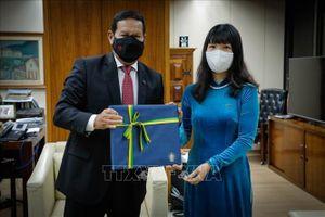 Đại sứ Việt Nam trình ủy nhiệm thư tới Bộ trưởng Ngoại giao Suriname