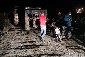 Vụ chủ mỏ tố bị xe Kim Thành chặn đường: Huyện Đại Lộc chỉ đạo xử lý