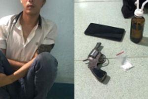 Gia Lai: Phát hiện đối tượng tàng trữ ma túy và súng tự chế trong phòng trọ
