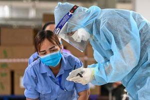 'Nhìn Bắc Giang, Bắc Ninh để quyết tâm chặn dịch vào nhà máy'