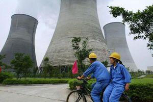Nhiều câu hỏi xoay quanh hai lò phản ứng hạt nhân mới của Trung Quốc