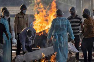 Nhân viên thiêu xác: Những người khốn khổ trong đại dịch Covid-19 ở Ấn Độ