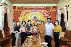 Lãnh đạo Ủy ban MTTQ tỉnh thăm, chúc mừng các cơ sở thờ tự Phật giáo nhân dịp Đại lễ Phật đản