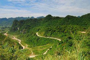 Đèo Khau Liêu - cung đường thách thức những 'tay lái lụa'