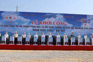Khởi công tuyến đường bộ cao tốc Diễn Châu- Bãi Vọt