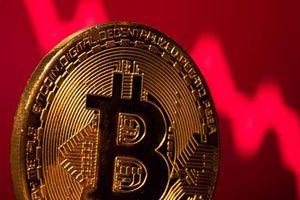 Bitcoin 'bốc hơi' 10% vì cảnh báo mới từ Trung Quốc
