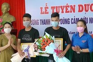 Khen thưởng 2 thanh niên dũng cảm cứu người bị đuối nước