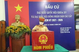 Cán bộ, chiến sĩ Công an thành phố Hà Nội đã hoàn thành nghĩa vụ công dân