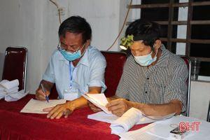 Hà Tĩnh khẩn trương kiểm phiếu bầu cử