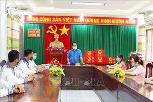 Cử tri huyện đảo Trường Sa gửi trọn niềm tin vào các ứng cử viên