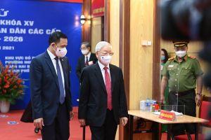 Tổng Bí thư Nguyễn Phú Trọng bỏ phiếu tại quận Hai Bà Trưng, TP. Hà Nội
