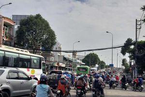 Đóng mở dải phân cách trên đường Phạm Hùng, quận 8