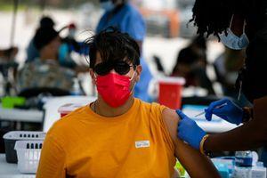 Có dễ triển khai du lịch Mỹ kết hợp tiêm vaccine Covid-19?