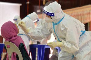 Số người chết vì Covid-19 ở Malaysia tăng kỷ lục