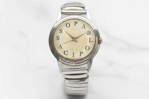 Đồng hồ hiếm của Picasso được bán giá 267.000 USD