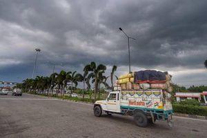 Ấn Độ nín thở đón 'hung thần' giữa dịch Covid-19
