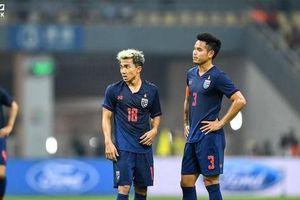 Bị lên án vì từ chối lên tuyển, đội trưởng tuyển Thái Lan đòi kiện fan