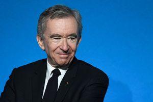 Forbes: Tỷ phú thời trang Pháp trở thành người giàu nhất thế giới