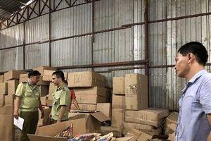 Hải quan Tây Ninh phát hiện, tạm giữ lô hàng 20 tấn chứa hàng cấm