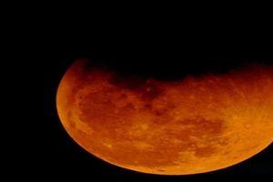 Người dân Việt Nam xem được 'siêu trăng máu' ngày mai không?