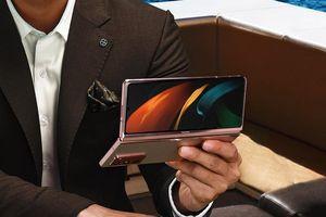 Vì sao Z Fold2 giữ ngôi đầu trên thị trường điện thoại màn hình gập?