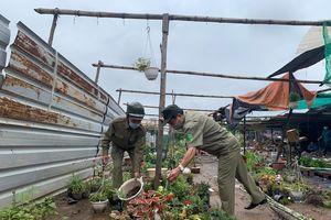 Phường Trung Văn ra quân, tổ chức cưỡng chế công trình vi phạm dọc tuyến đường Tố Hữu
