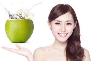 Những đối tượng tuyệt đối không nên uống nước dừa