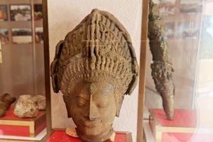 Trưng bày nhiều bảo vật quốc gia tại tháp Vĩnh Hưng