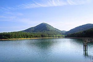 Có tới 99 đỉnh, dãy núi Hồng Lĩnh kỳ vĩ đến mê hồn
