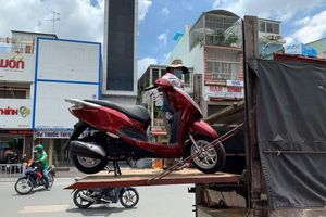 Người Nhật cũng cuồng xe máy Honda không thua người Việt