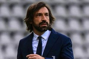 Juventus sa thải Pirlo