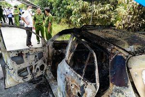 Tá hỏa phát hiện xe taxi cháy trơ khung cùng bộ xương ở vị trí ghế lái