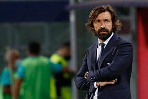 HLV Pirlo bị Juventus sa thải