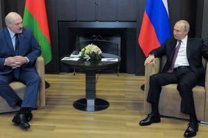 Tổng thống Nga Putin nói về vụ máy bay Ryanair hạ cánh ở Belarus