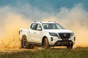 Chuyên gia nhận xét về Nissan Navara 2021 so với bản 2015