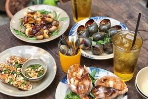Một ngày ăn uống online tại TP.HCM